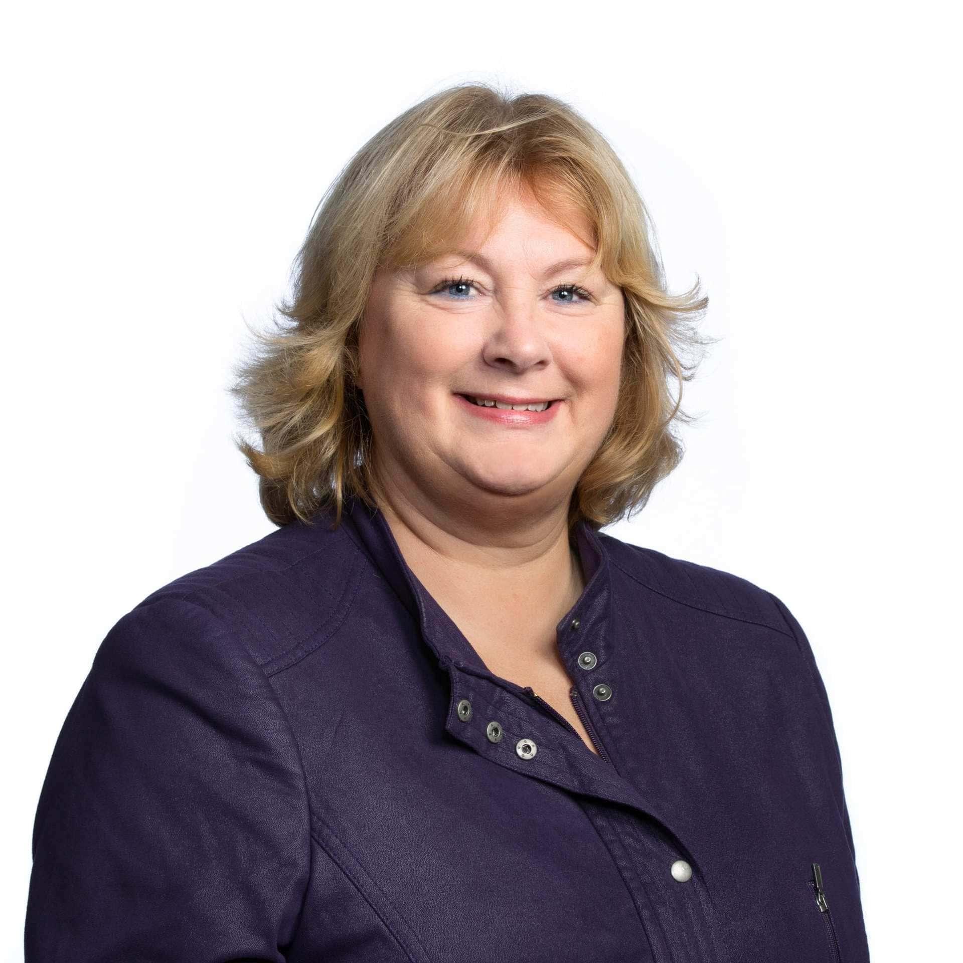 Claudia Bogman